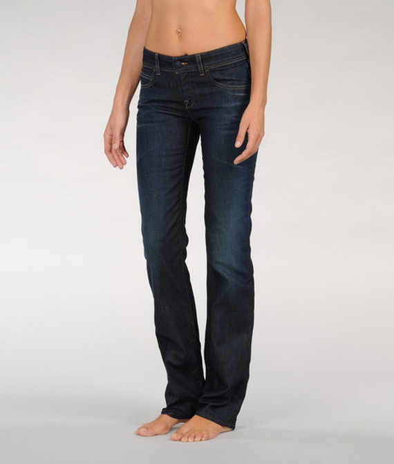 Женские джинсы Armani