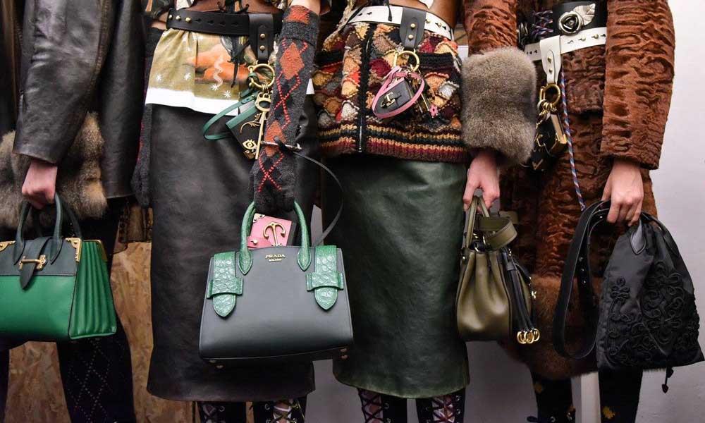 Prada сумки осень зима. Фото.